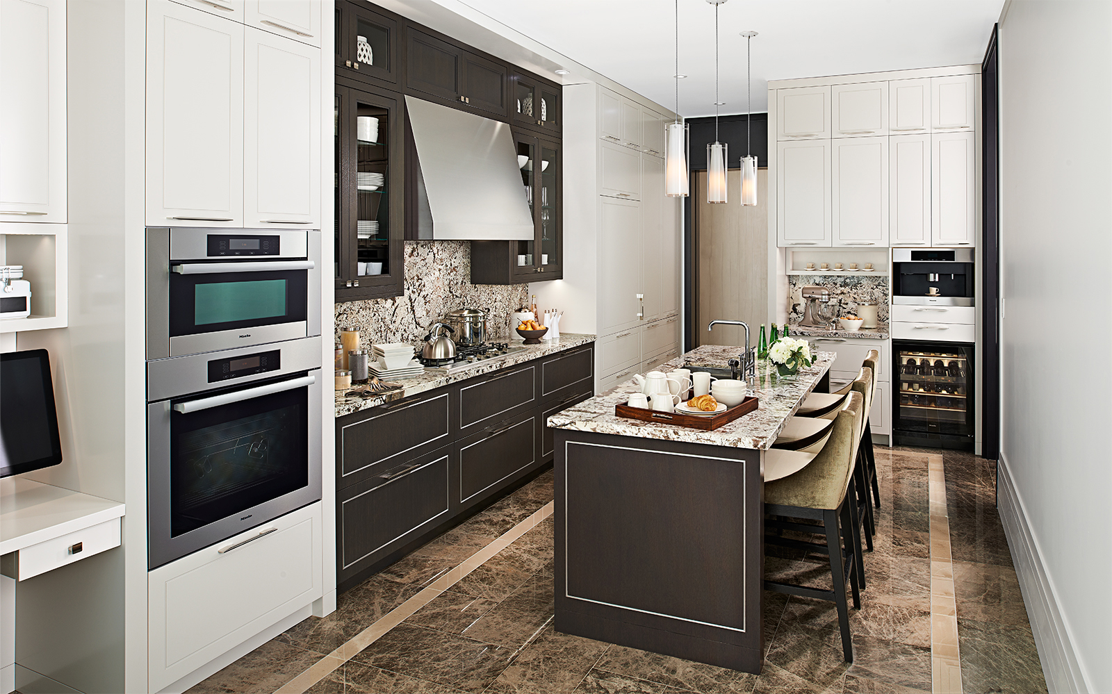 Downsview Kitchens. Toronto commercial photographer. Toronto architectural photographer. Architectural photographer